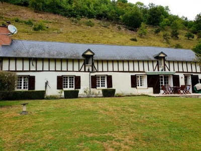 Maison normande située entre Sénarpont et Hornoy
