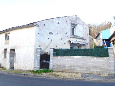 Old house 3 rooms Secteur Cherves Richemont