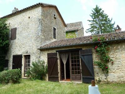 Stone-built property 4 rooms Soturac