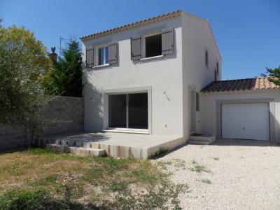 Villa neuve normes RT 2012 sur 489 m² de terrain clos