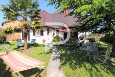 Maison Eaubonne 8 pièce (s) 185 m²
