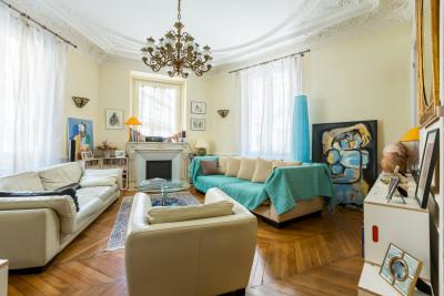 Bel appartement 6 pièces de 144 m²