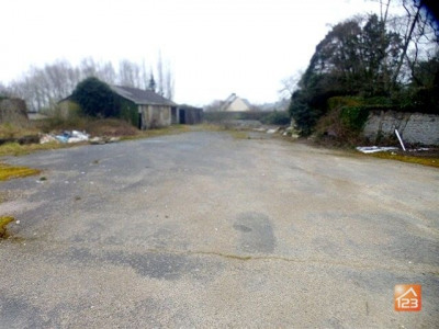 Hangar prive maisons vendre for Jardin feerique ploeuc