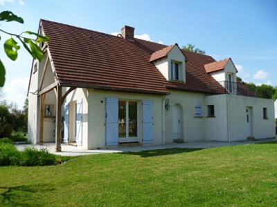 Maison - 8 pièce (s) - 200 m²