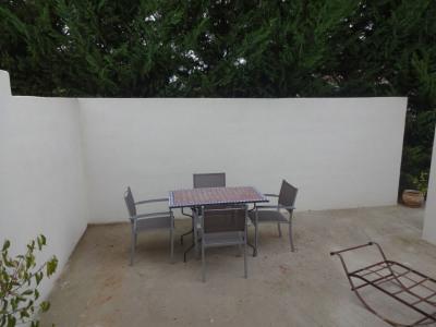 Studio meublé/équipé Althen avec terrasse et parking privatif
