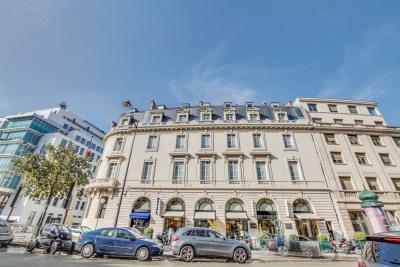 Cession de bail - Local commercial - 557,67 m2 - Paris 8ème - Photo