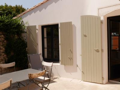 Maison plain-pied + studio indépendant. ST Martin de Ré