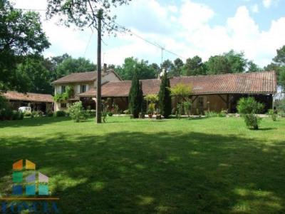 Maison longère sur 7ha avec lac et source