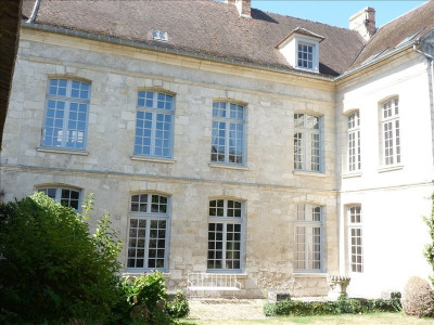 sale Private mansion Senlis centre