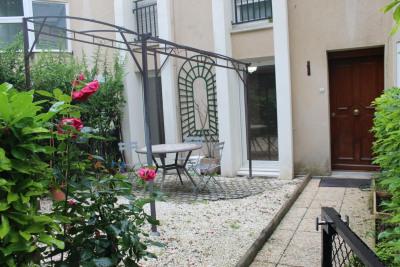 Studio de 36 m² avec jardin-terrasse