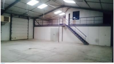 Location Local d'activités / Entrepôt Ouges