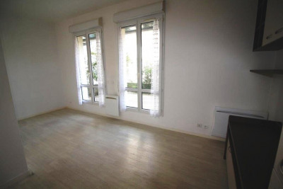 Appartement Meaux 1 pièce (s) 25.61 m²