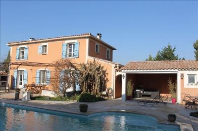 Villa sarrians 145 m²