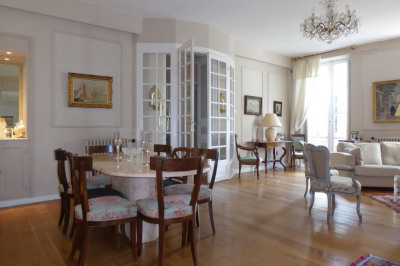 Maison La Rochelle 10 pièce (s) 260 m²