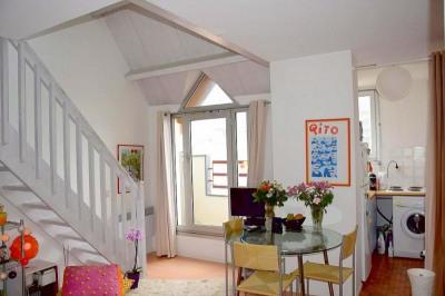Agréable T2 duplex meuble