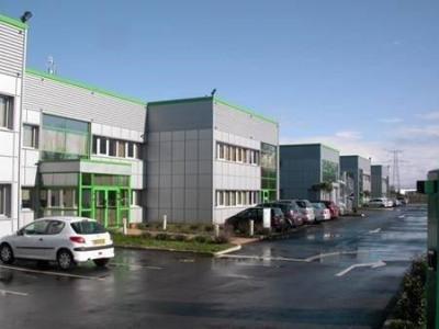 Location Bureau Castelnau-d'Estrétefonds