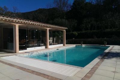Magnifique villa provençale. 8700m² de terrain