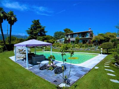 Villa 9 Pièces de 450 m² à Vence