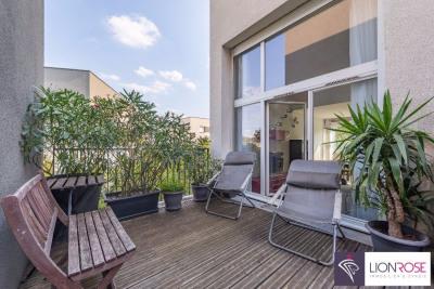 T3 de 65 m² en Duplex avec une grande terrasse