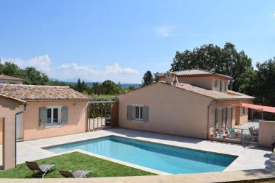 Very nice traditional  villa