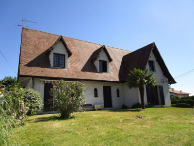 Maison Dax 7 pièce (s) 200 m²