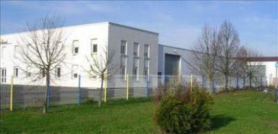 Location Local d'activités / Entrepôt Notre-Dame-d'Oé 0