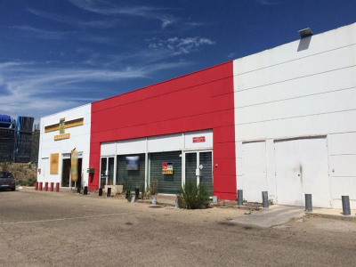 Location Boutique Nîmes