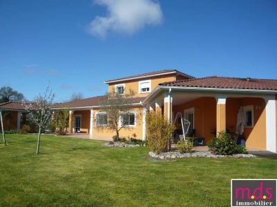 sale House / Villa Saint-jean secteur