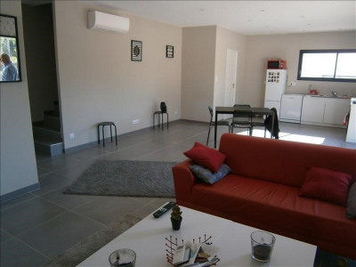 Contemporary house 4 rooms