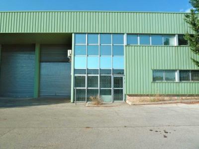 Location Local d'activités / Entrepôt Éguilles