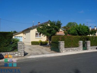Maison plain pied de 90 m² sur 987 m² de terrain clos
