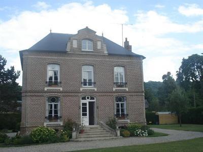 Sale house / villa Aumale 340000€ - Picture 2