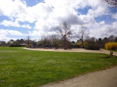 Contemporaine proche du parc de la Crapaudine