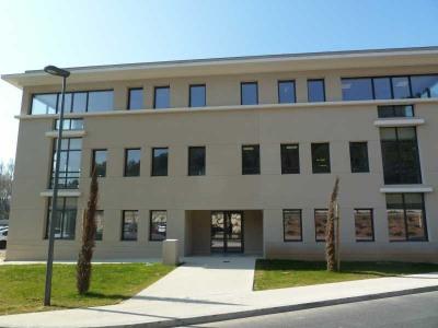 Location Bureau Châteauneuf-le-Rouge