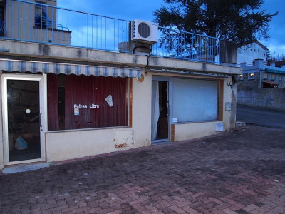 Vente Local commercial Cazaubon