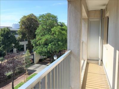 Appartement Rueil Malmaison - 4 pièce (s) - 106.71 m²