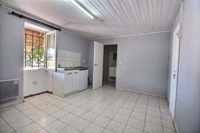 Studio 20 m² centre village proche commerces