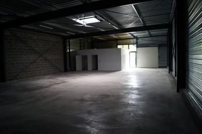 Location Local d'activités / Entrepôt Villedieu-les-Poêles 0