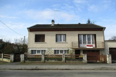 House Level Single storey, General condition Good, Heating F