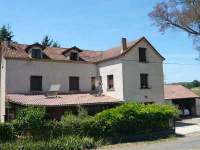 Stone-built property 7 rooms Puy l Eveque