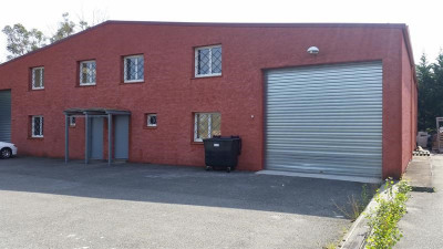 Location Local d'activités / Entrepôt Flourens