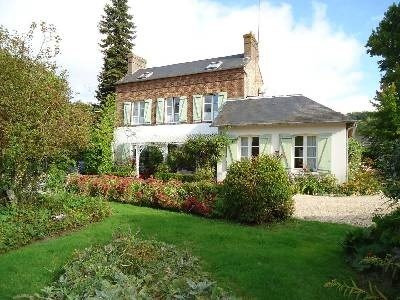 Sale house / villa Nord lisieux 367000€ - Picture 1