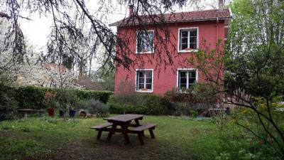 Lyon 9 Maison proximité. Place du Trion