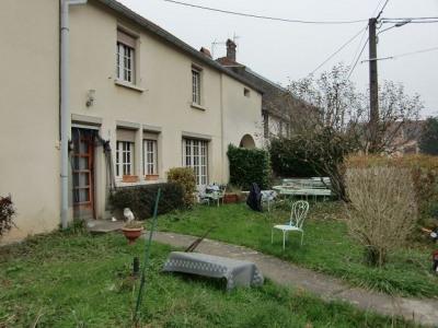 Maison de village Molay