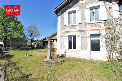Maison à rénover 90 m² + 166 m² de dépendances Blaye