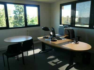 Location Bureau Saint-Genis-Laval