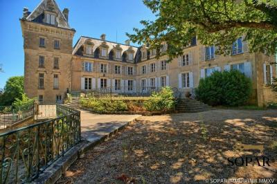 Château du 15ème aux environs de Bourges