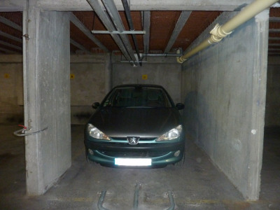 Emplacement de Parking - 12 M² - Paris 15e
