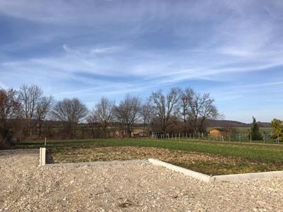 Terrain 750 m²