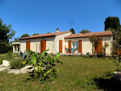 (detached) house 5 rooms Limitrophe de Cognac